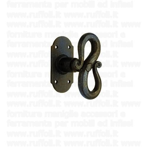 Maniglia martellina in ferro per finestre 09028