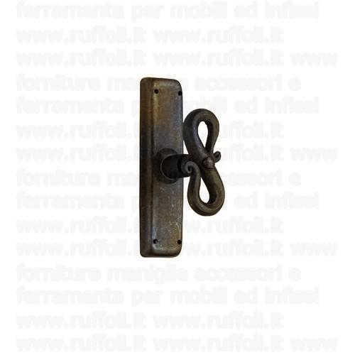 Maniglia martellina in ferro per finestre 09035