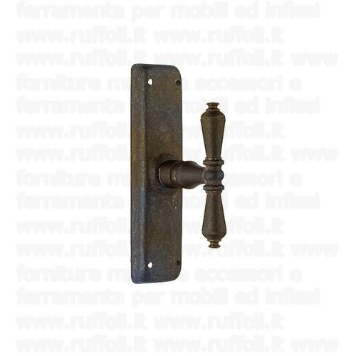 Maniglia martellina in ferro per finestre MG 4984