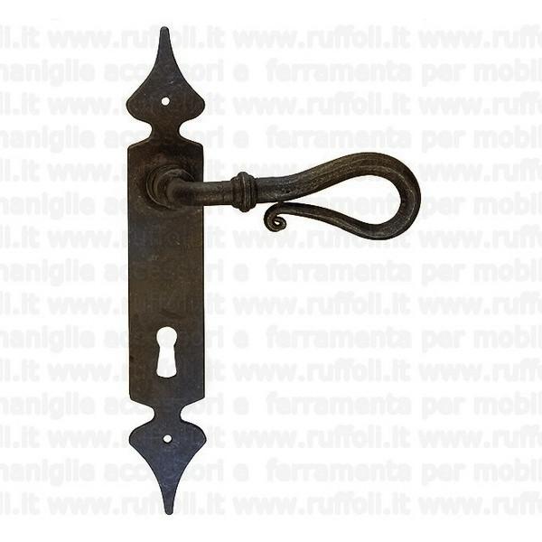 maniglia per porte antiche in ferro forgiato anticato FE00008